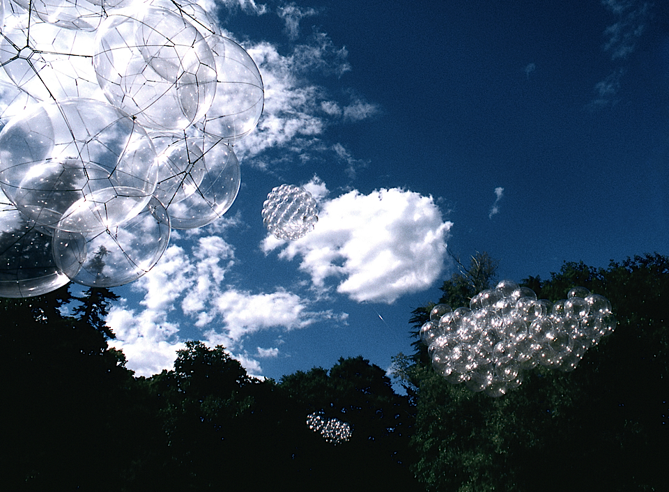 Photo by Tomás Saraceno & David von Becker