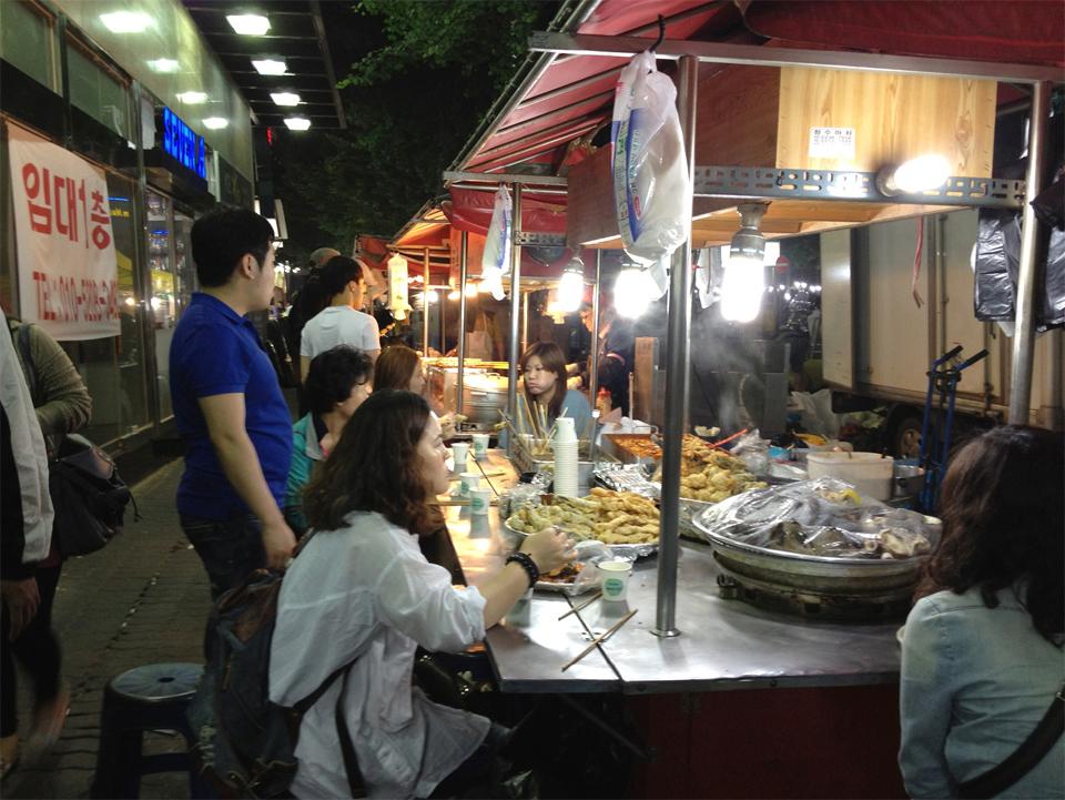 dongdaemun-market-seoul-korea-wholesale-mona-kim