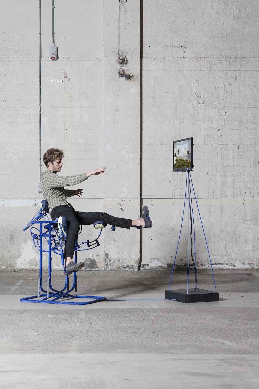 Dynamic Chair photo by Lisa Klappe_